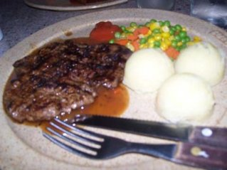 suis-butcher-steak-n-mashed-potato.jpg
